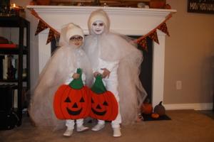 10-31-16-ghost-sisters