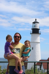 8-15-16-dad-and-girls-portland-light
